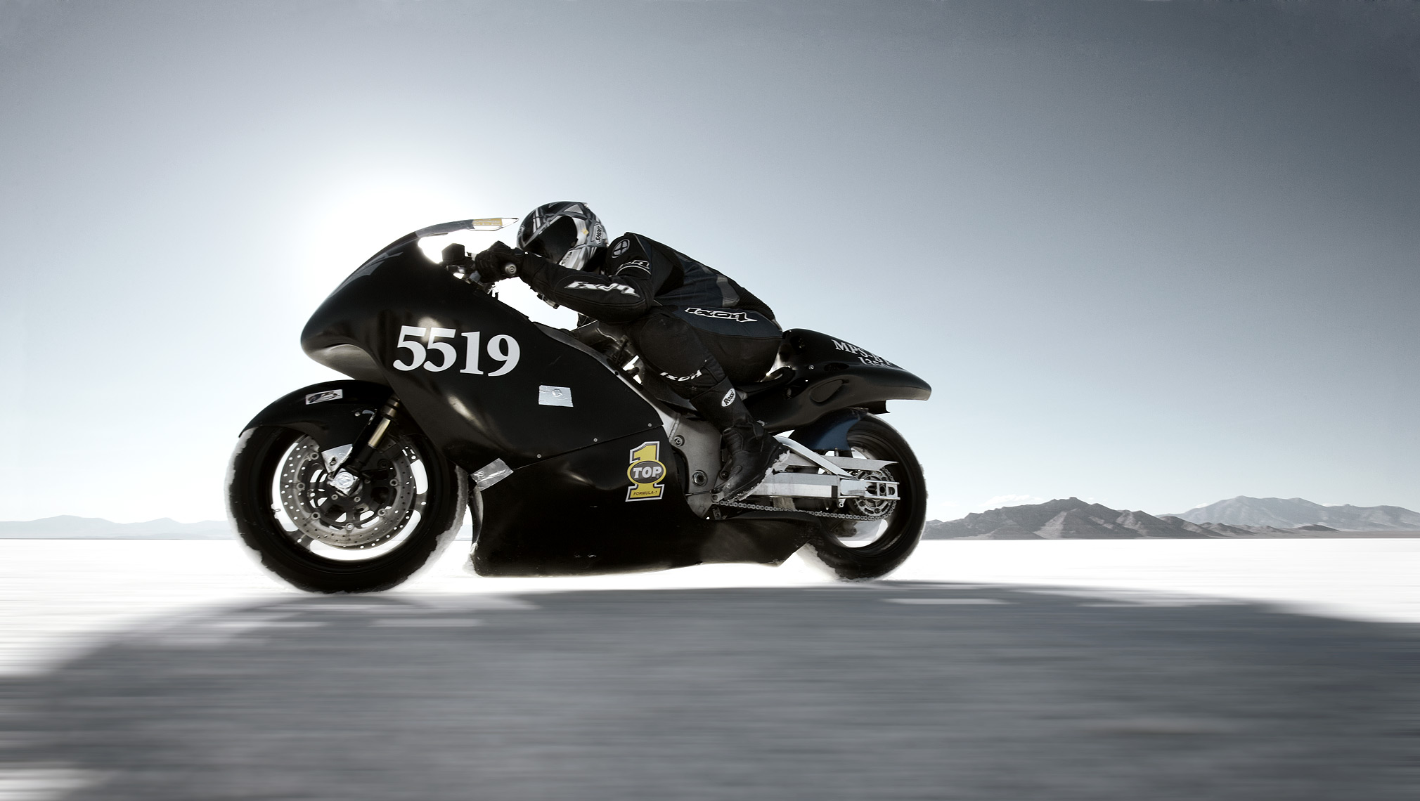 KC Armstrong_Bonneville Salt Flats_Speed Racing_Speed Week_Richard Assen